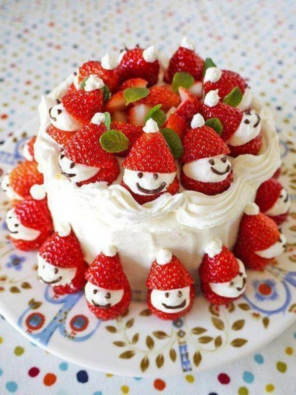 Christmas-Cake-Decoration-Ideas-2017-2 82+ Mouthwatering Christmas Cake Decoration Ideas 2019