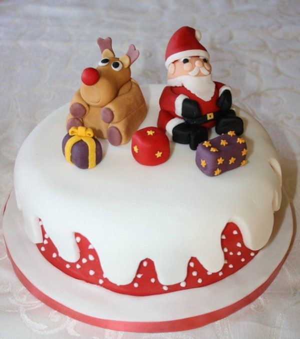 Christmas-Cake-Decoration-Ideas-2017-27 82+ Mouthwatering Christmas Cake Decoration Ideas 2019