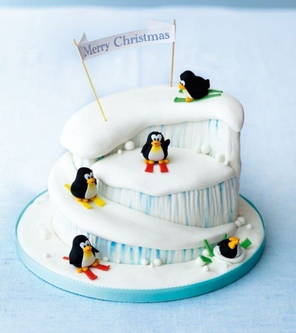 Christmas-Cake-Decoration-Ideas-2017-29 82+ Mouthwatering Christmas Cake Decoration Ideas