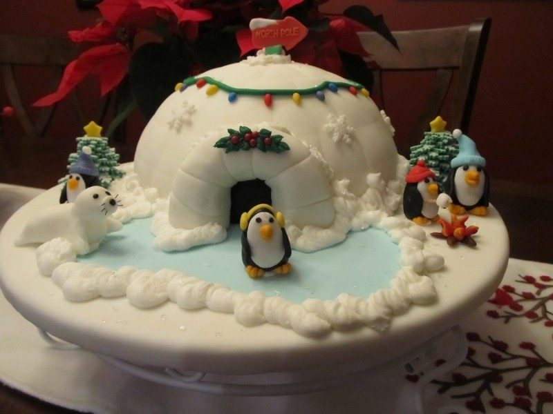 Christmas-Cake-Decoration-Ideas-2017-42 82+ Mouthwatering Christmas Cake Decoration Ideas 2019