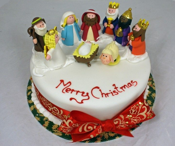 Christmas-Cake-Decoration-Ideas-2017-54 82+ Mouthwatering Christmas Cake Decoration Ideas 2019