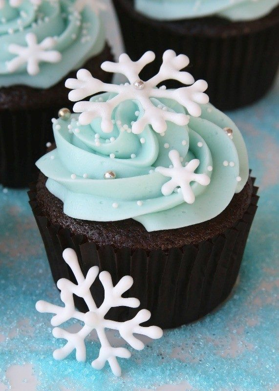Christmas-Cake-Decoration-Ideas-2017-6 82+ Mouthwatering Christmas Cake Decoration Ideas 2019