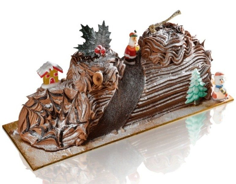 Christmas-Cake-Decoration-Ideas-2017-70 82+ Mouthwatering Christmas Cake Decoration Ideas 2019