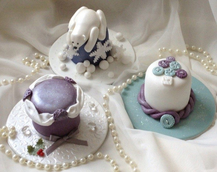 Christmas-Cake-Decoration-Ideas-2017-73 82+ Mouthwatering Christmas Cake Decoration Ideas 2019