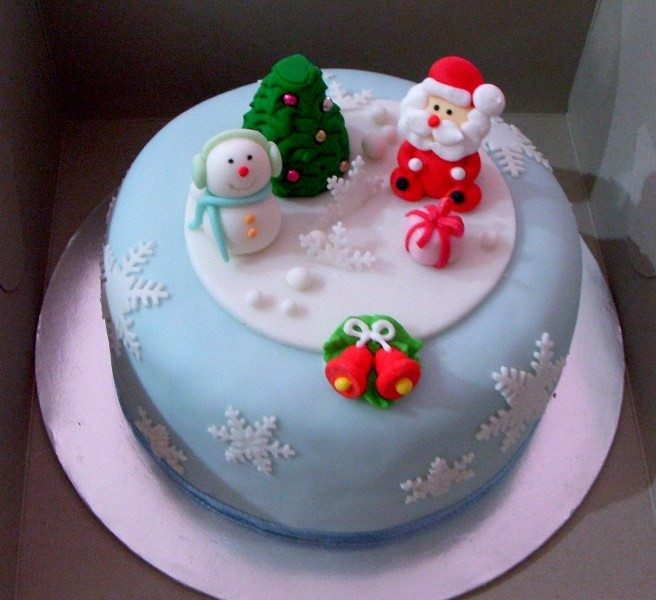 Christmas-Cake-Decoration-Ideas-2017-77 82+ Mouthwatering Christmas Cake Decoration Ideas 2019