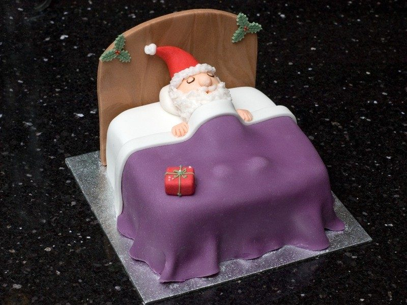 Christmas-Cake-Decoration-Ideas-2017-80 82+ Mouthwatering Christmas Cake Decoration Ideas 2019