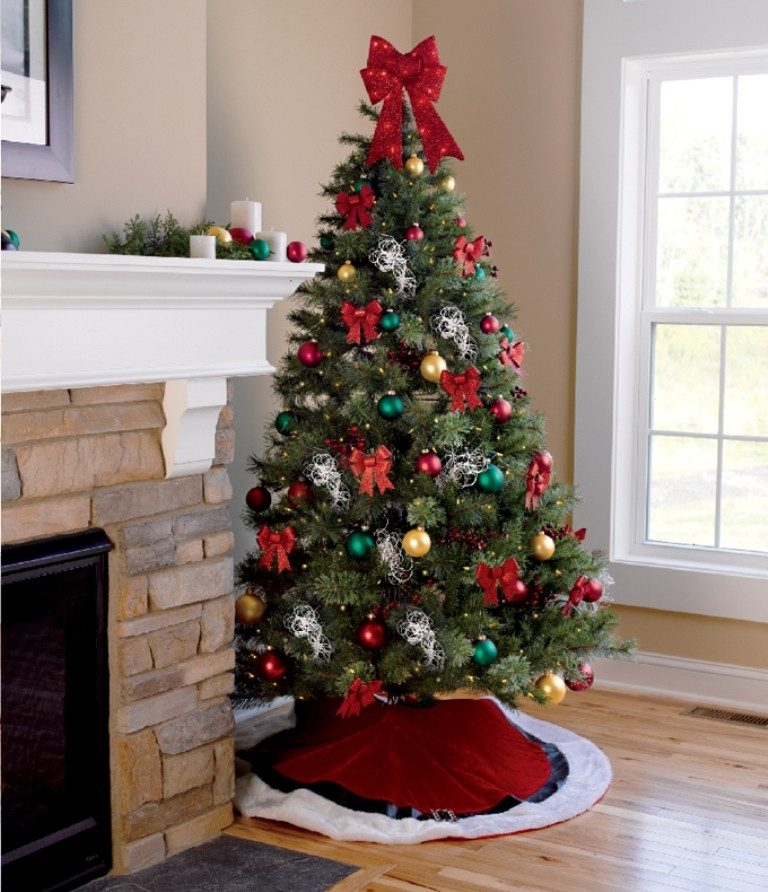 Christmas-Decoration-Trends-2017-13 75 Hottest Christmas Decoration Trends & Ideas 2019