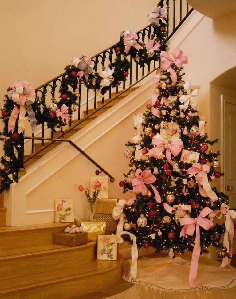 Christmas-Decoration-Trends-2017-30 75 Hottest Christmas Decoration Trends & Ideas 2018-2019