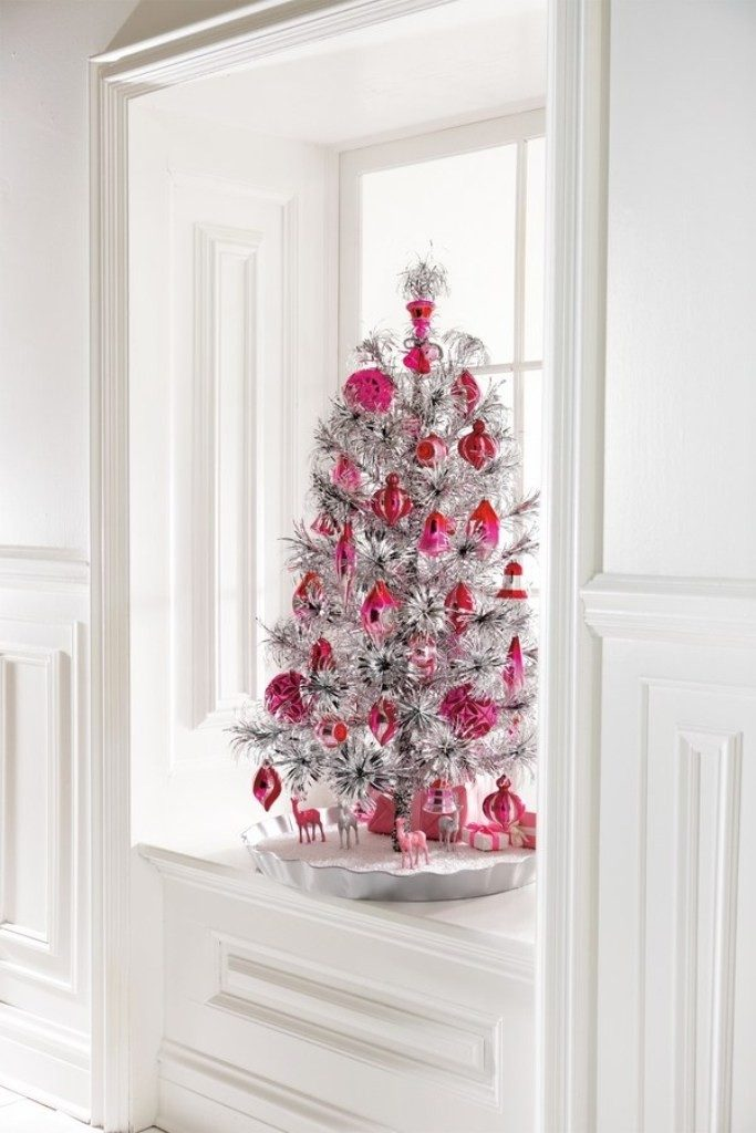 Christmas-Decoration-Trends-2017-33 75 Hottest Christmas Decoration Trends & Ideas 2019