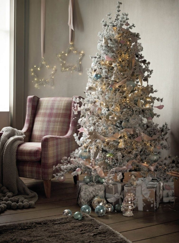 Christmas-Decoration-Trends-2017-67 75 Hottest Christmas Decoration Trends & Ideas 2019