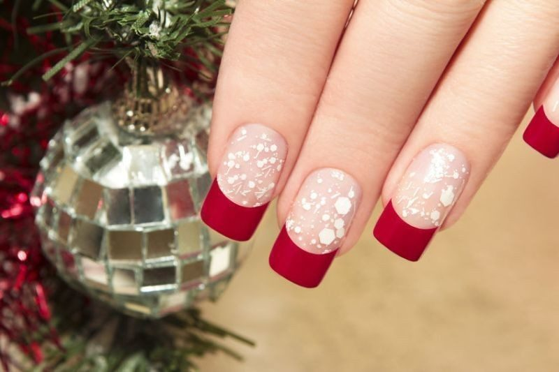 Christmas-Nail-Art-Design-Ideas-2017-11 88+ Hottest Christmas Nail Art Design Ideas 2021