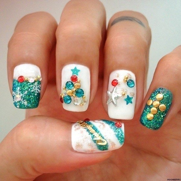Christmas-Nail-Art-Design-Ideas-2017-18 88 Awesome Christmas Nail Art Design Ideas 2018/2019