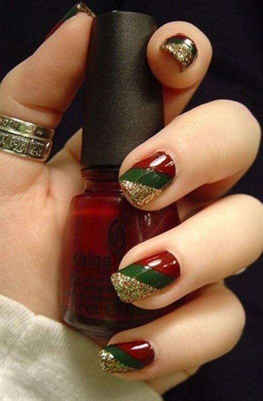 Christmas-Nail-Art-Design-Ideas-2017-36 88 Awesome Christmas Nail Art Design Ideas 2017