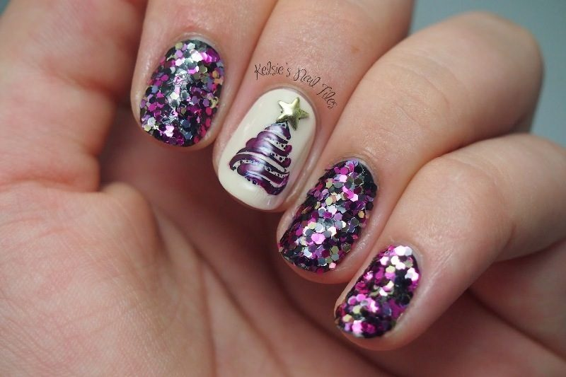 Christmas-Nail-Art-Design-Ideas-2017-43 88 Awesome Christmas Nail Art Design Ideas 2018/2019