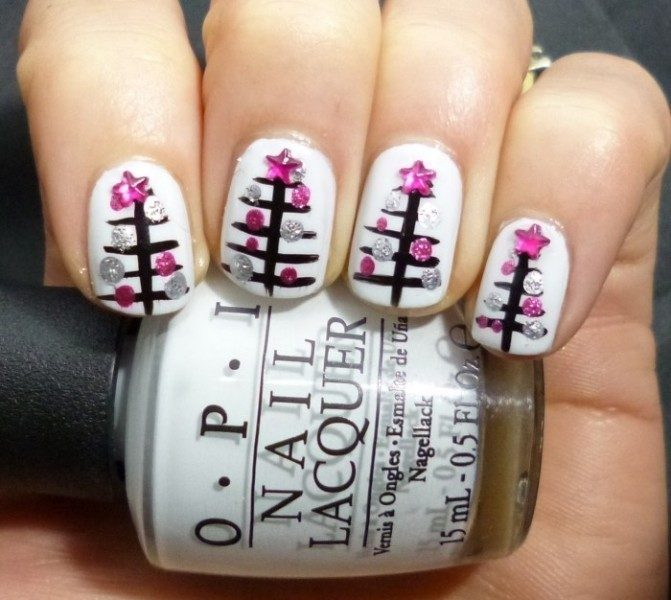 Christmas-Nail-Art-Design-Ideas-2017-44 88 Awesome Christmas Nail Art Design Ideas 2018/2019