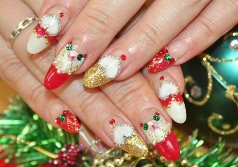 Christmas-Nail-Art-Design-Ideas-2017-5 88+ Hottest Christmas Nail Art Design Ideas 2021