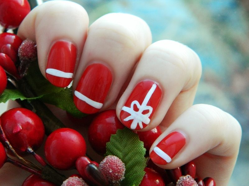 Christmas-Nail-Art-Design-Ideas-2017-57 88 Awesome Christmas Nail Art Design Ideas 2017