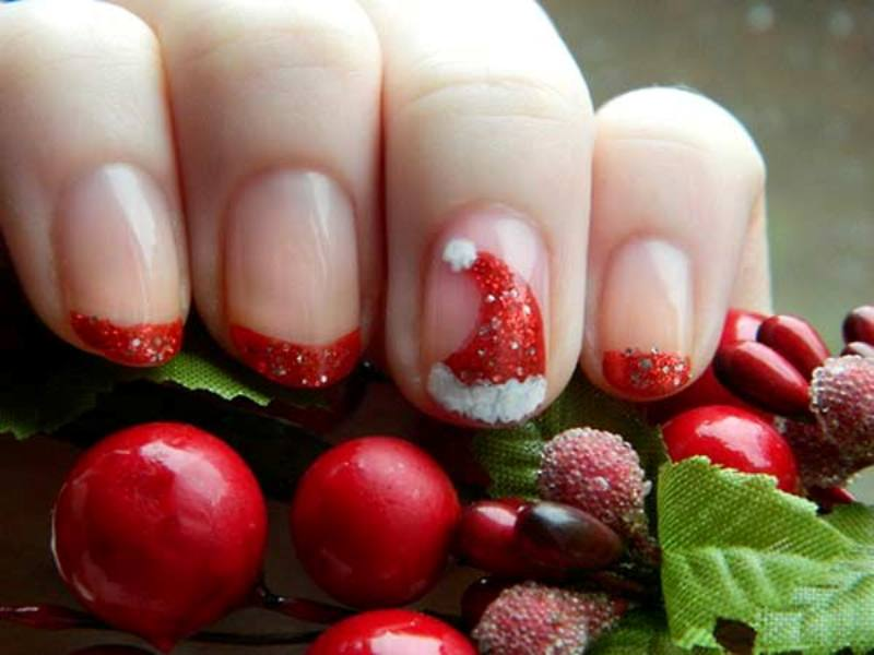 Christmas-Nail-Art-Design-Ideas-2017-58 88 Awesome Christmas Nail Art Design Ideas 2017