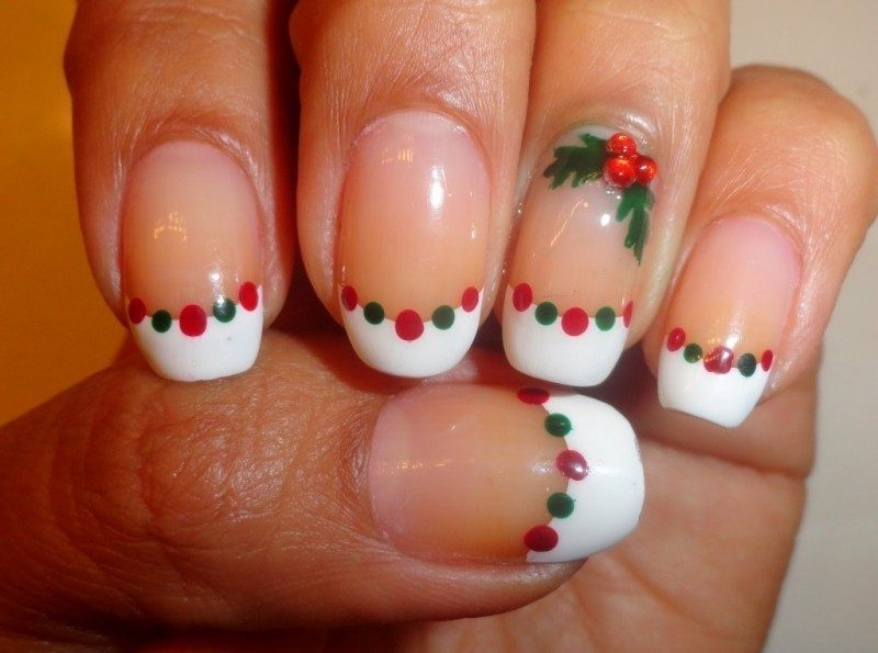 Christmas-Nail-Art-Design-Ideas-2017-59 88 Awesome Christmas Nail Art Design Ideas 2017