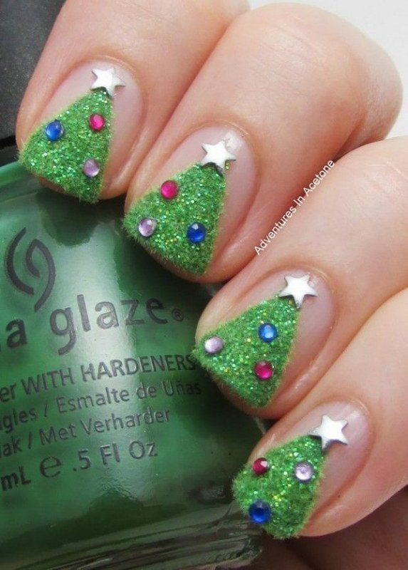 Christmas-Nail-Art-Design-Ideas-2017-63 88 Awesome Christmas Nail Art Design Ideas 2017