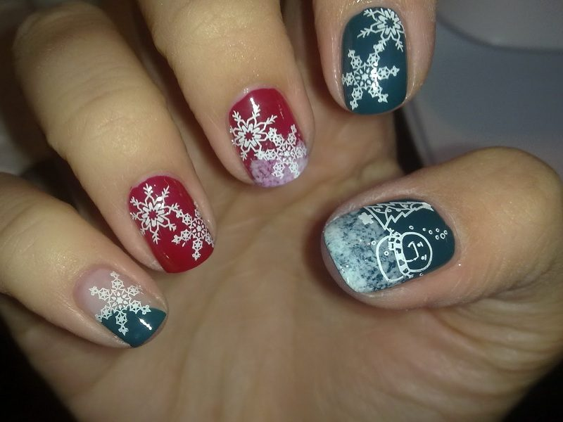 Christmas-Nail-Art-Design-Ideas-2017-66 88 Awesome Christmas Nail Art Design Ideas 2018/2019
