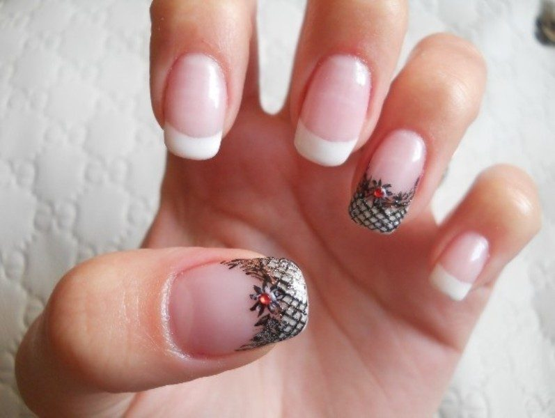 Christmas-Nail-Art-Design-Ideas-2017-75 88 Awesome Christmas Nail Art Design Ideas 2017