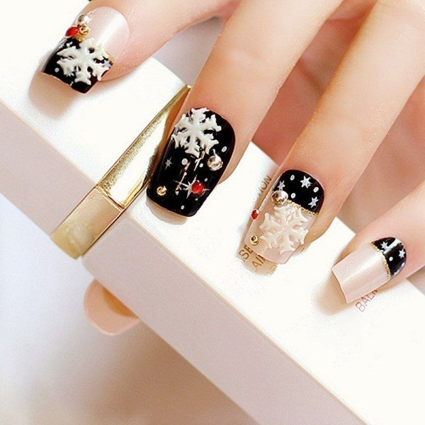 Christmas-Nail-Art-Design-Ideas-2017-79 88 Awesome Christmas Nail Art Design Ideas 2018/2019