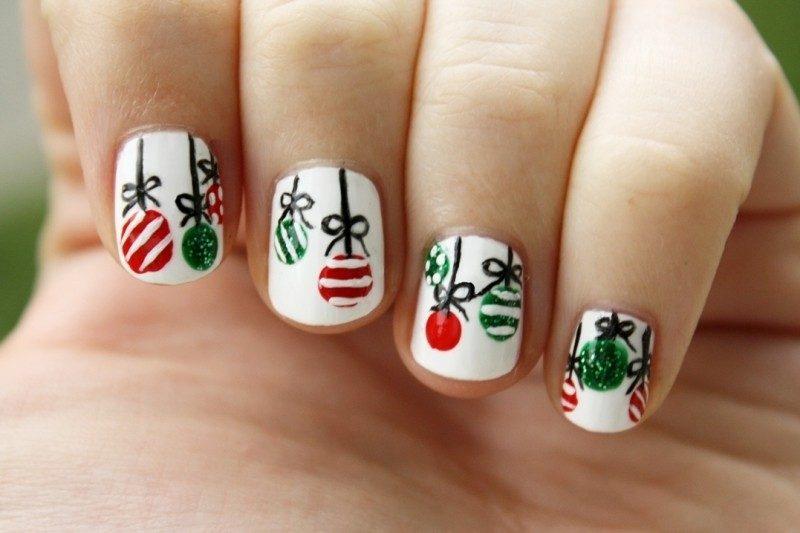Christmas-Nail-Art-Design-Ideas-2017-9 88+ Hottest Christmas Nail Art Design Ideas 2020