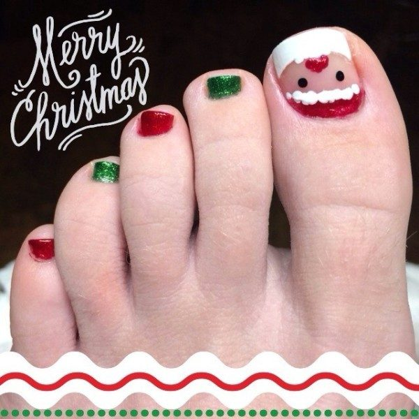 Christmas-Toenail-Art-Design-Ideas-2017-16 45+ Lovely Christmas Toenail Art Design Ideas