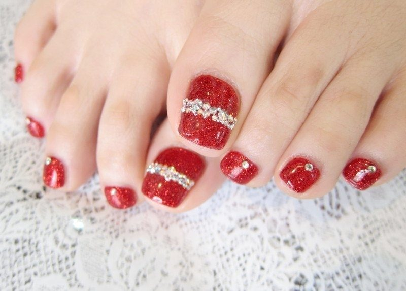 Christmas-Toenail-Art-Design-Ideas-2017-27 45+ Lovely Christmas Toenail Art Design Ideas