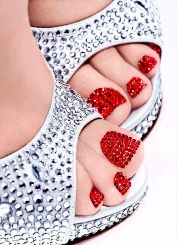 Christmas-Toenail-Art-Design-Ideas-2017-29 45+ Lovely Christmas Toenail Art Design Ideas