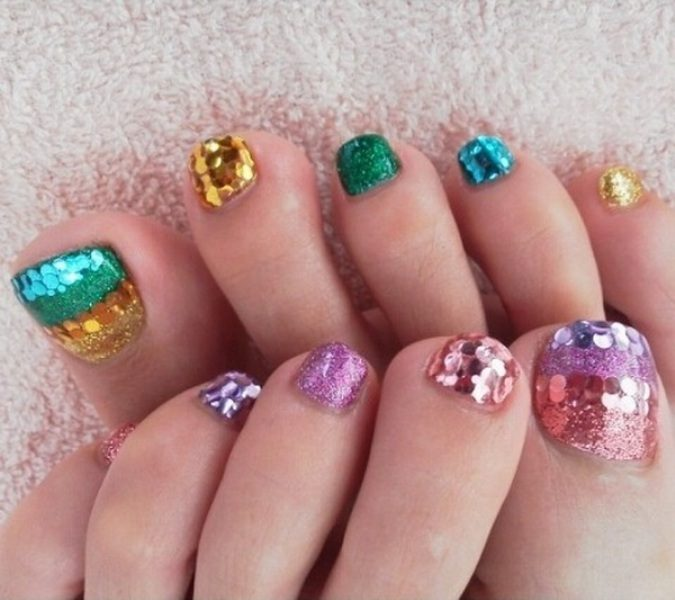 Christmas-Toenail-Art-Design-Ideas-2017-42 45+ Lovely Christmas Toenail Art Design Ideas