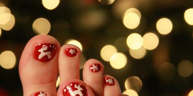 45 Lovely Christmas Toenail Art Design Ideas 2017 Pouted Online