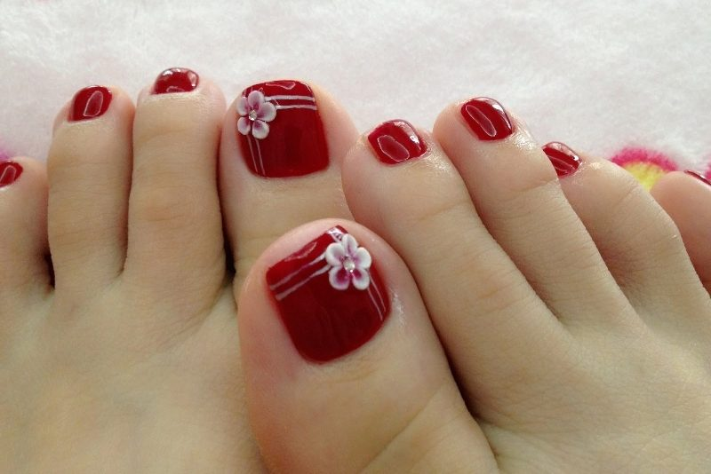 Christmas-Toenail-Art-Design-Ideas-2017-9 45+ Lovely Christmas Toenail Art Design Ideas