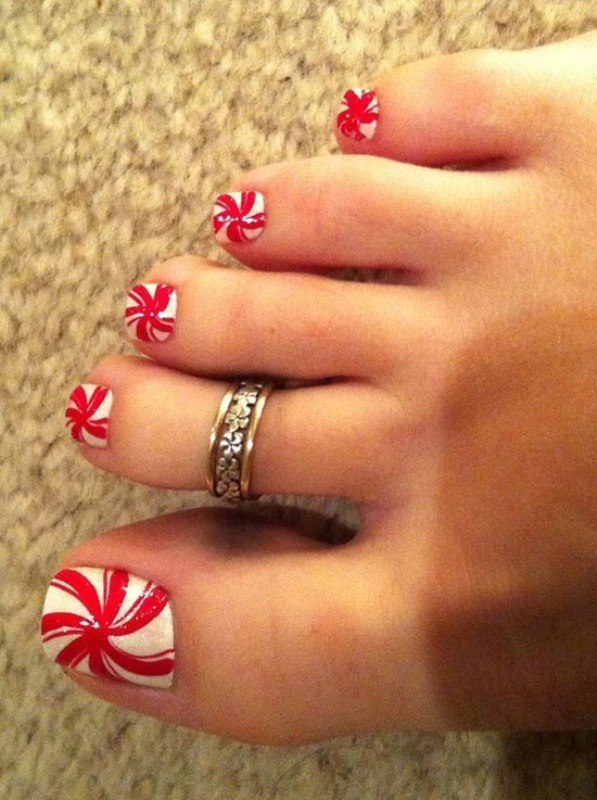 Christmas-Toenail-Art-Design-Ideas-2017 45+ Lovely Christmas Toenail Art Design Ideas