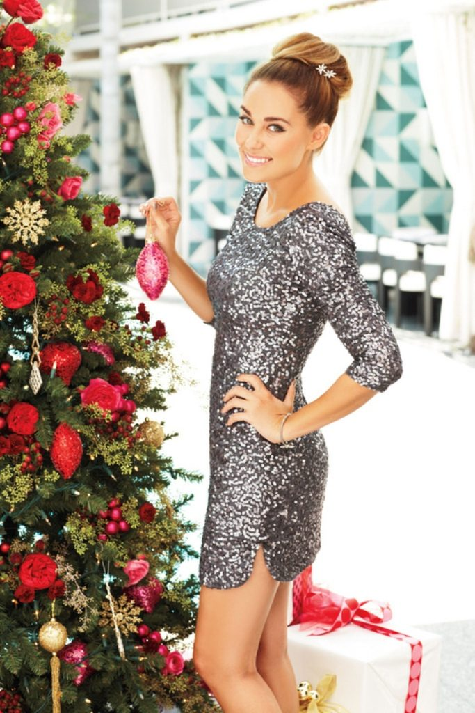 Christmas-and-New-Years-Eve-Dresses-2017-15 70 Fabulous Christmas and New Year's Eve Dresses 2020