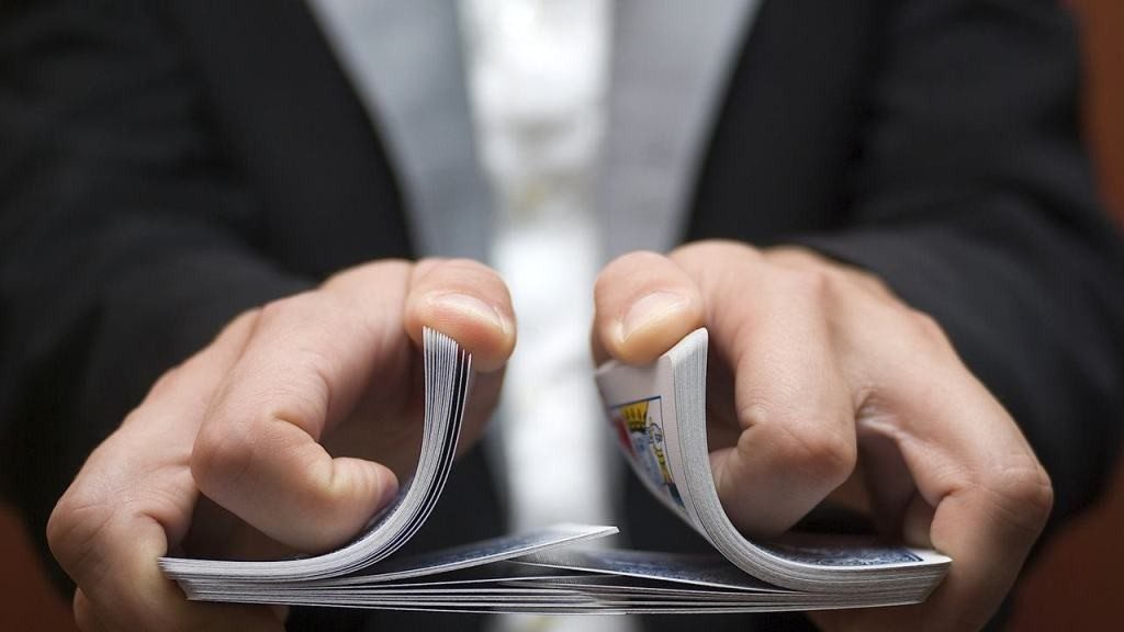 David-Blaine-Mind-Reading-Card-Trick-1 5 Best Mentalism & Mind Reading Learning Courses
