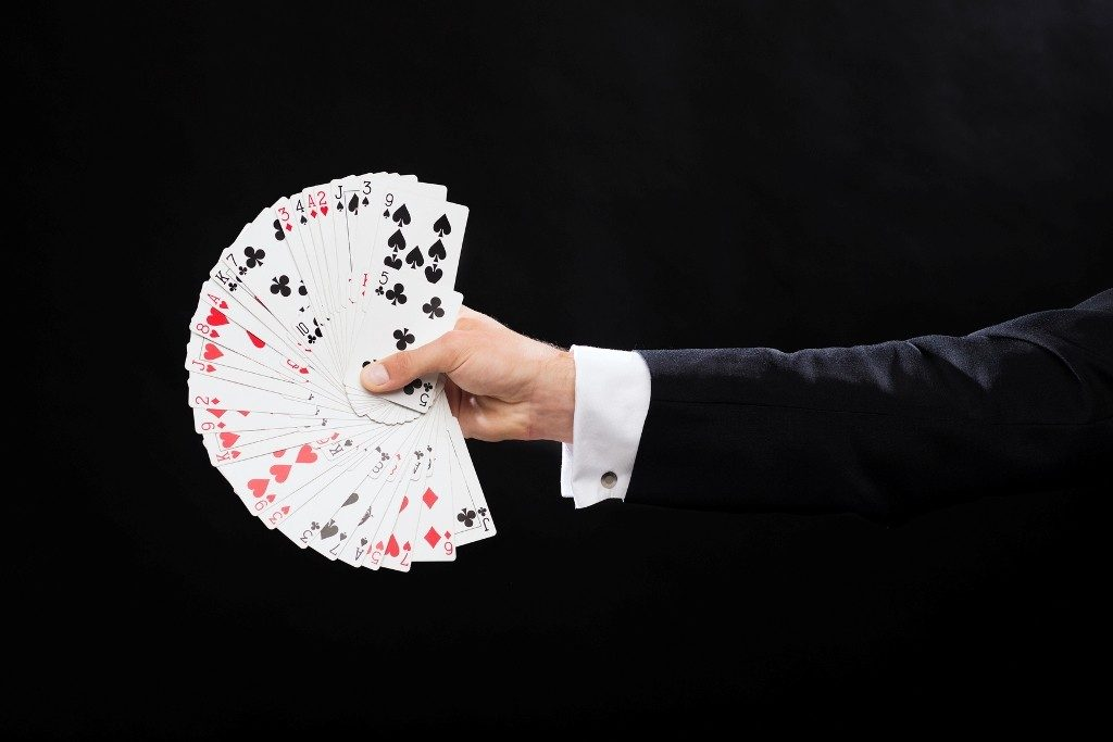 David-Blaine-Mind-Reading-Card-Trick-2 3 Tips to Help You Avoid Bankruptcy