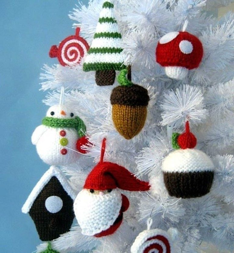 Handmade-Christmas-Decoration-Ideas-2017-36 67 Adorable Handmade Christmas Decoration Ideas 2018-2019