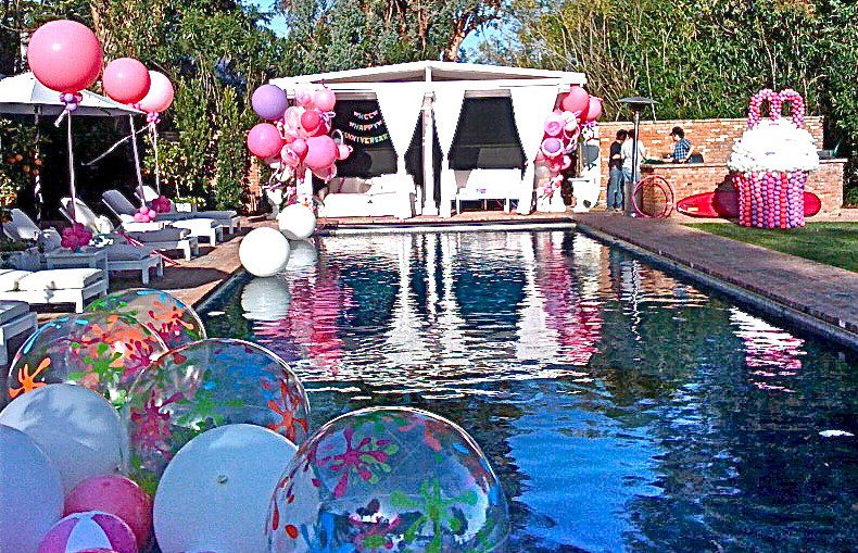 Make-Use-of-Inflatable-Balls 4 Amazing Ideas for Teens Pool Party