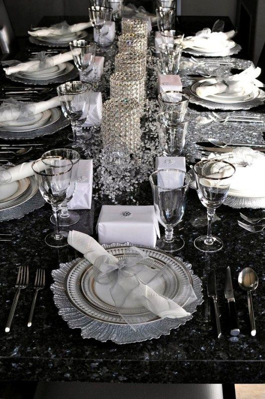 New-Years-Eve-2017-Decorating-Ideas-19 84+ Awesome New Year's Eve Decorating Ideas