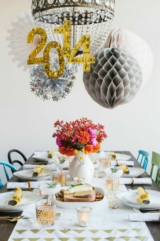 New-Years-Eve-2017-Decorating-Ideas-20 84 Awesome New Year's Eve 2017 Decorating Ideas