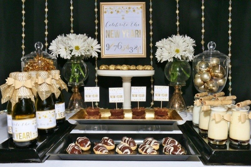 New-Years-Eve-2017-Decorating-Ideas-31 84+ Awesome New Year's Eve Decorating Ideas