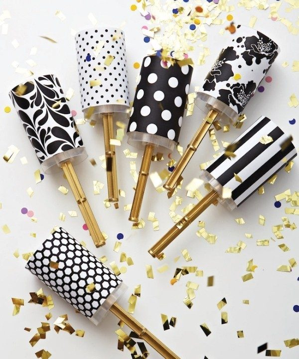 New-Years-Eve-2017-Decorating-Ideas-37 84 Awesome New Year's Eve 2017 Decorating Ideas