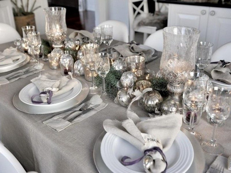New-Years-Eve-2017-Decorating-Ideas-41 84 Awesome New Year's Eve 2017 Decorating Ideas