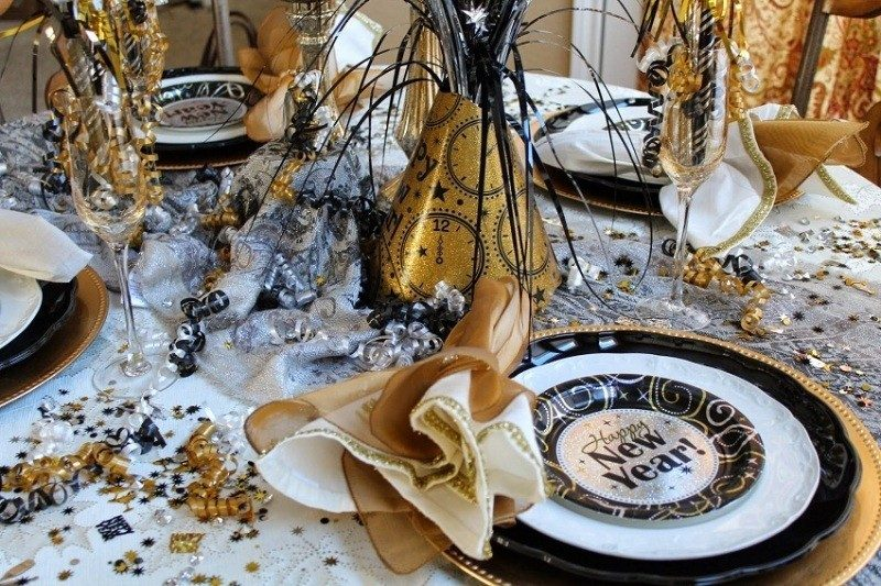 New-Years-Eve-2017-Decorating-Ideas-60 84 Awesome New Year's Eve 2017 Decorating Ideas