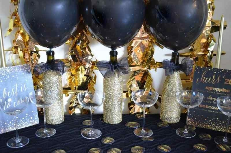 New-Years-Eve-2017-Decorating-Ideas-63 84 Awesome New Year's Eve 2017 Decorating Ideas