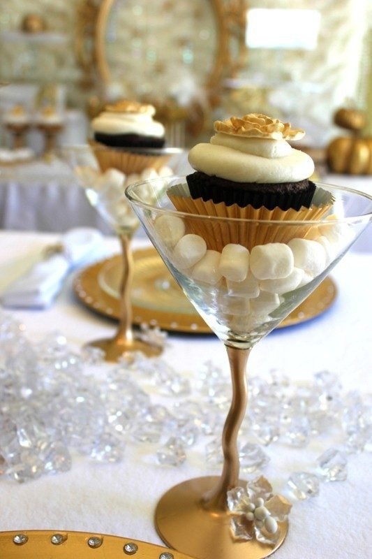 New-Years-Eve-2017-Decorating-Ideas-75 84 Awesome New Year's Eve 2017 Decorating Ideas