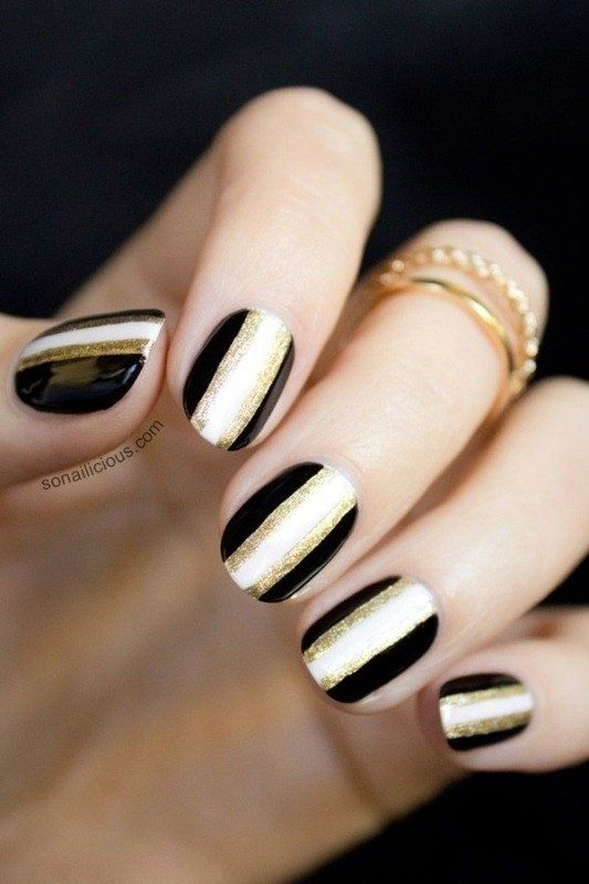 New-Years-Eve-Nail-Art-Design-Ideas-2017-11 89 Astonishing New Year's Eve Nail Design Ideas for Winter 2019
