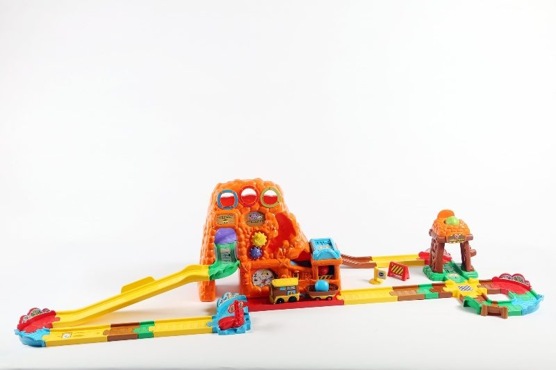 VTech-Toot-Toot-Drivers-Goldmine-Train-Set 20+ Must Have Christmas Toys for Children in 2020